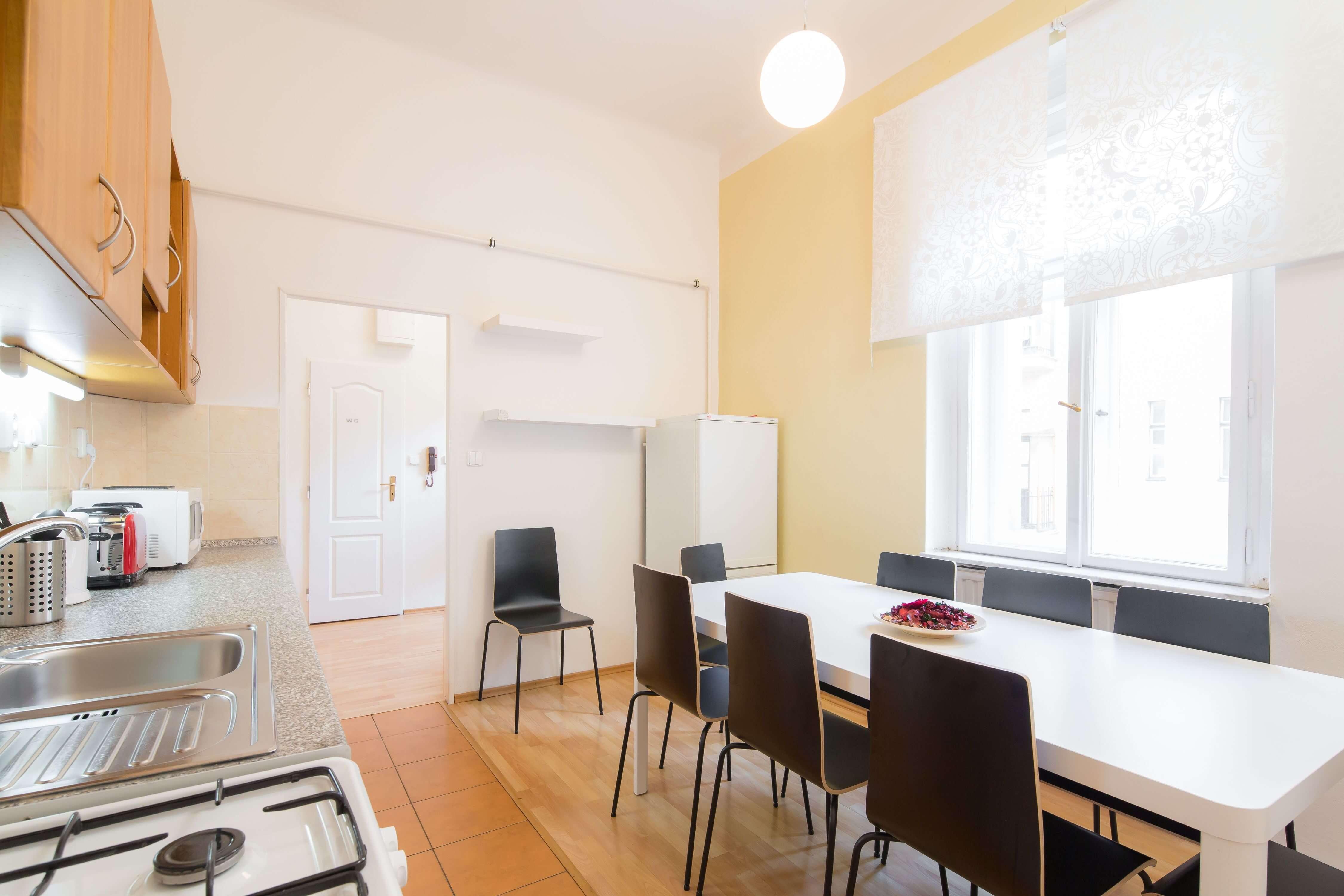 1. Vincanto Apartments flat dine