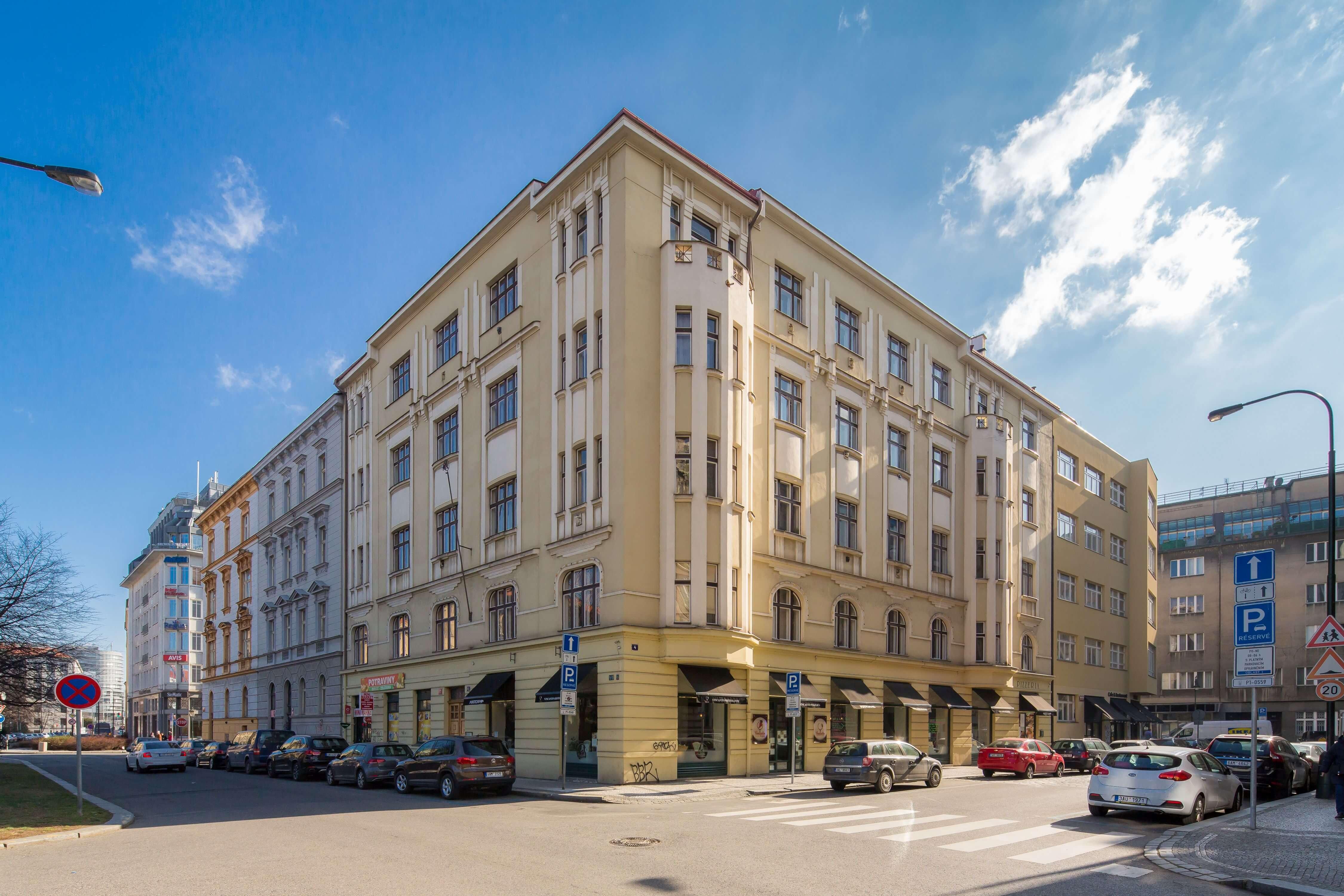 1. Vincanto Apartments
